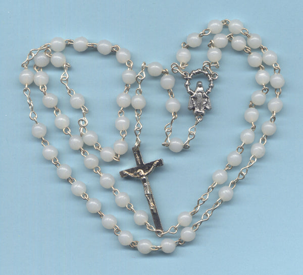 Bulk Buy Rosary Econo White Acrylic Beads Our Lady centre 5 per pkg V48