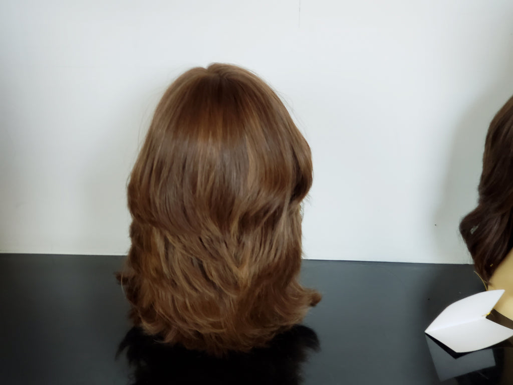 BB7LYR-34 100% virgin European Natural Hair light brown with worm highlights