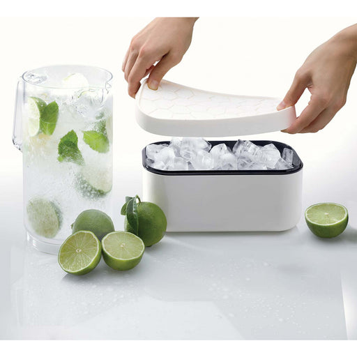 Lekue Ice Box, Silicone Ice Cube Tray & Storage Box, White