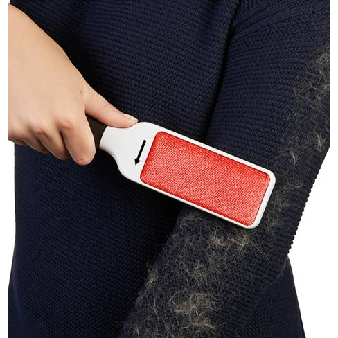 OXO Furlifter Garment Brush