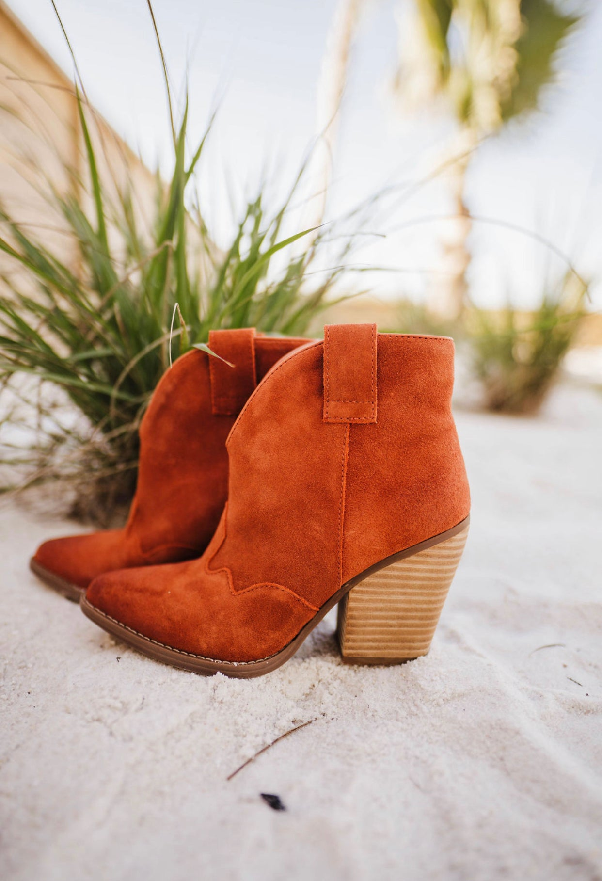 """Ole Flannie"" Rust Suede Leather V Cut Front Booties (DS)"