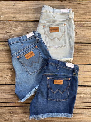 WRANGLER High Rise Cut Off Jean Shorts size 31 (12/14) NEW WITH TAGS! /Queen Bee's Closet