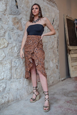 """Ole Cat Walk"" Leopard Print Waterfall Ruffle Front Midi Skirt"