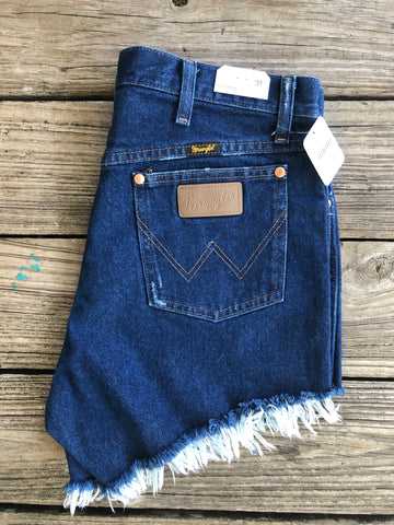 "Wrangler ""Reworked"" Dark Wash Cut Off Jean Shorts ~ Size 31"
