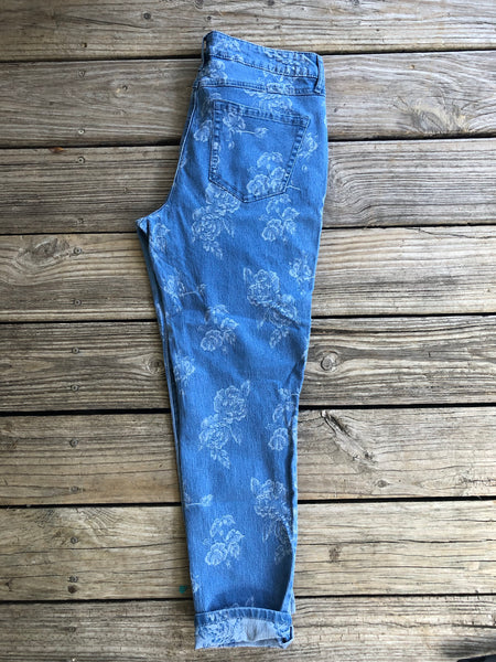 Textured Floral Printed Stretchy Denim Cropped Jeans ~ Size 8/10