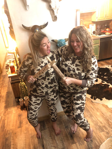 """Ole Pasture Bedtime"" Brown & Cream Spotted Cow Print Pajama Set"