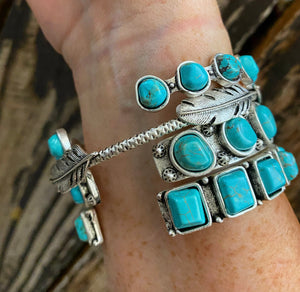 """Ole Feather in the Wind"" Turquoise & Silver Cuff Bracelet Set"