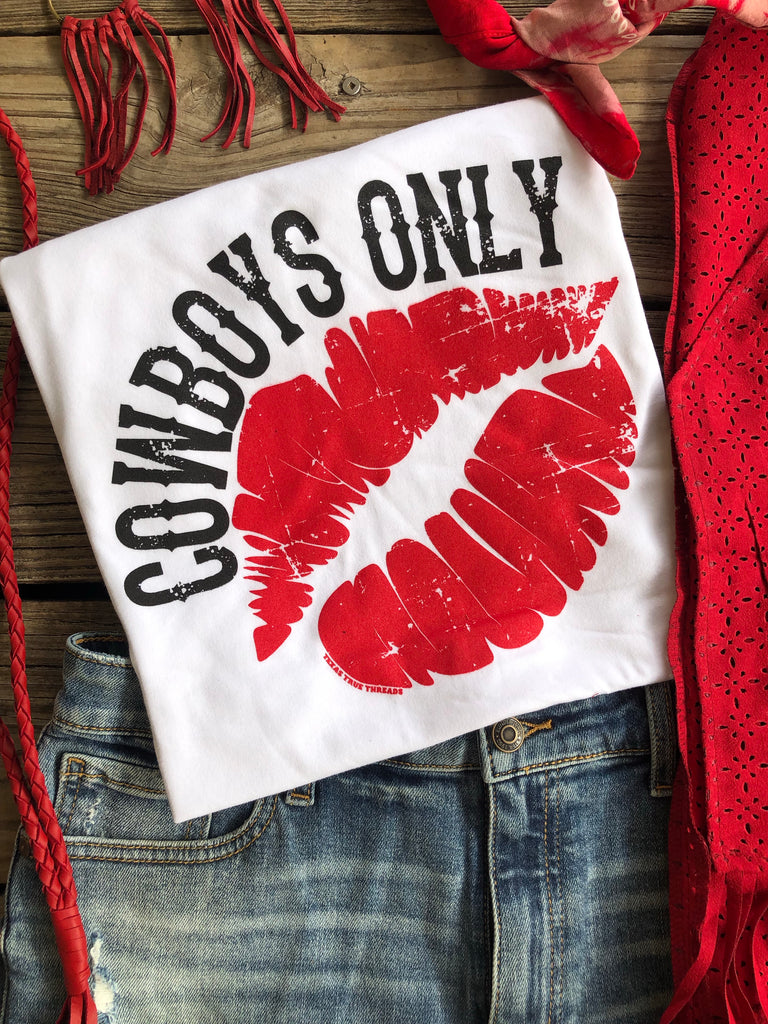 """Ole Hot Lips"" Cowboys Only Graphic Tee"