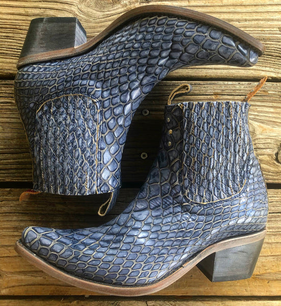 FREEBIRD by Steven Denim Blue Leather Crocodile Booties ~ Size 10