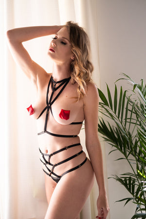 Load image into Gallery viewer, Fabi Black Strappy Bondage Set