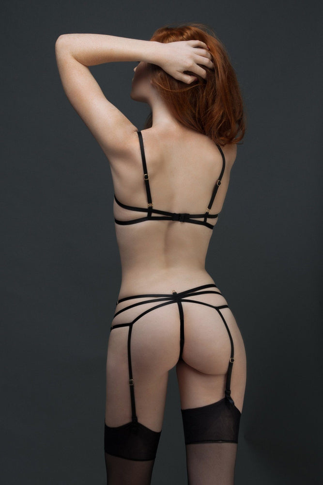 Black Barbara Thong