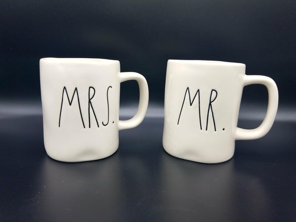 TEA CUP SET MR & MRS
