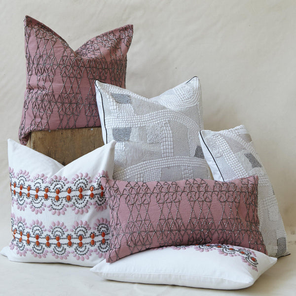 Chloe Pillow (20x20 & 12x22)