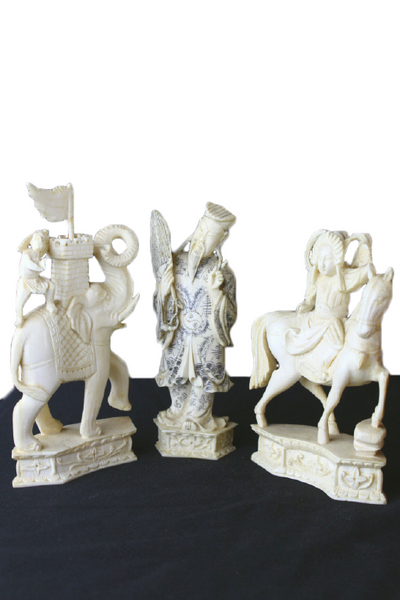 1930 Chinese Ivory Chess Set