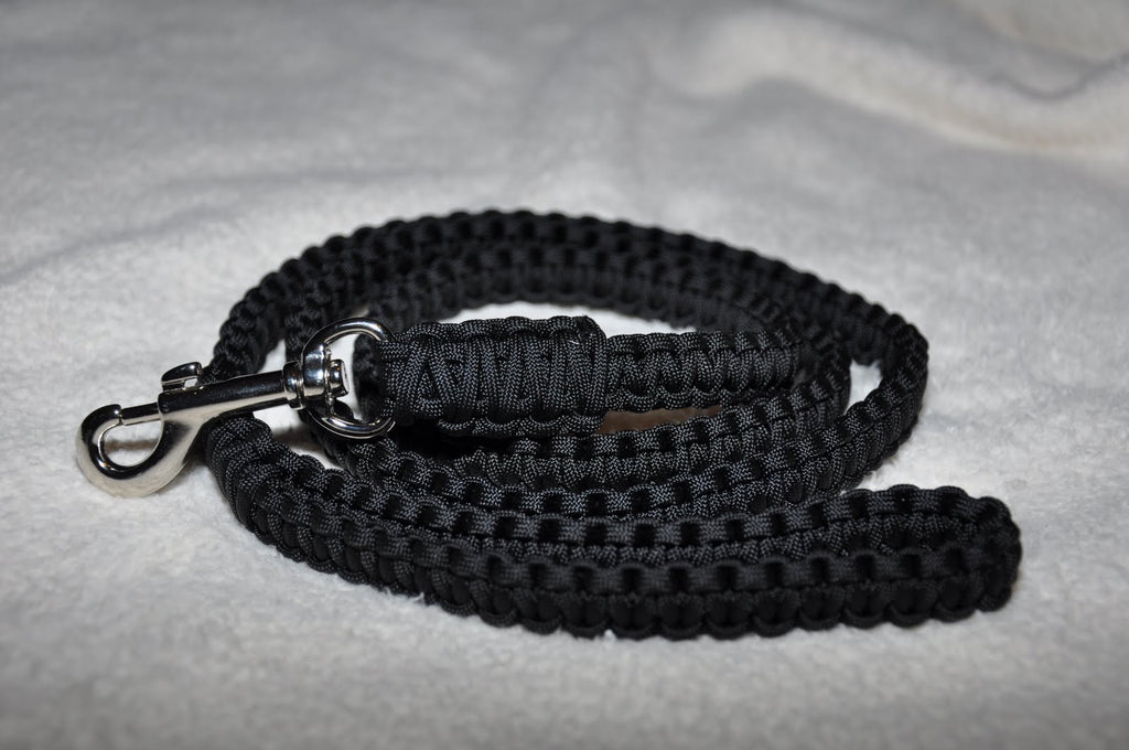Paracord Survival Dog Leash (Black)