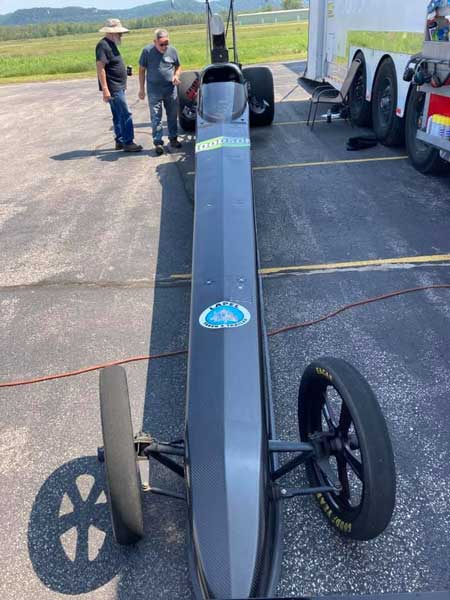 Checking out Samsel Racing Top Alcohol Dragster