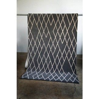 Diamond Gray Hand Tufted Wool Rug 144''x48''