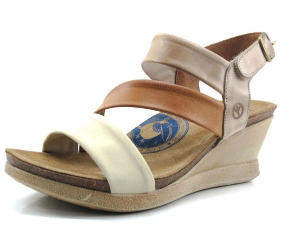 Wanda Panda Women's Meryl Wedge Sandals