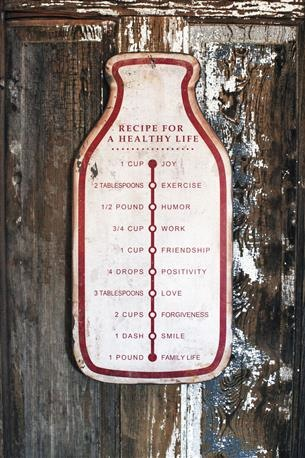 RECIPE FOR A HEALTHY LIFE METAL WALL PLAQUE