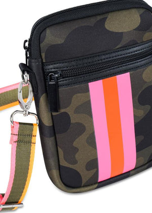 Haute Shore Casey Cell Phone Bag - Showoff