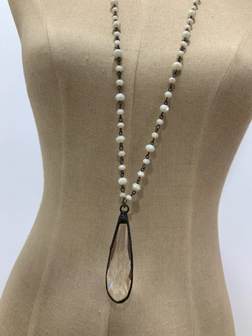 SNOWDROP ANTIQUE CREAM NECKLACE
