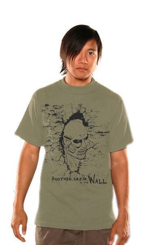 Attack on Titan T-Shirt Breaking The Wall