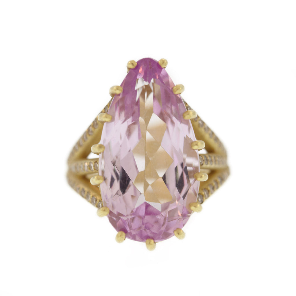 The Kunzite Vertebrate Ring