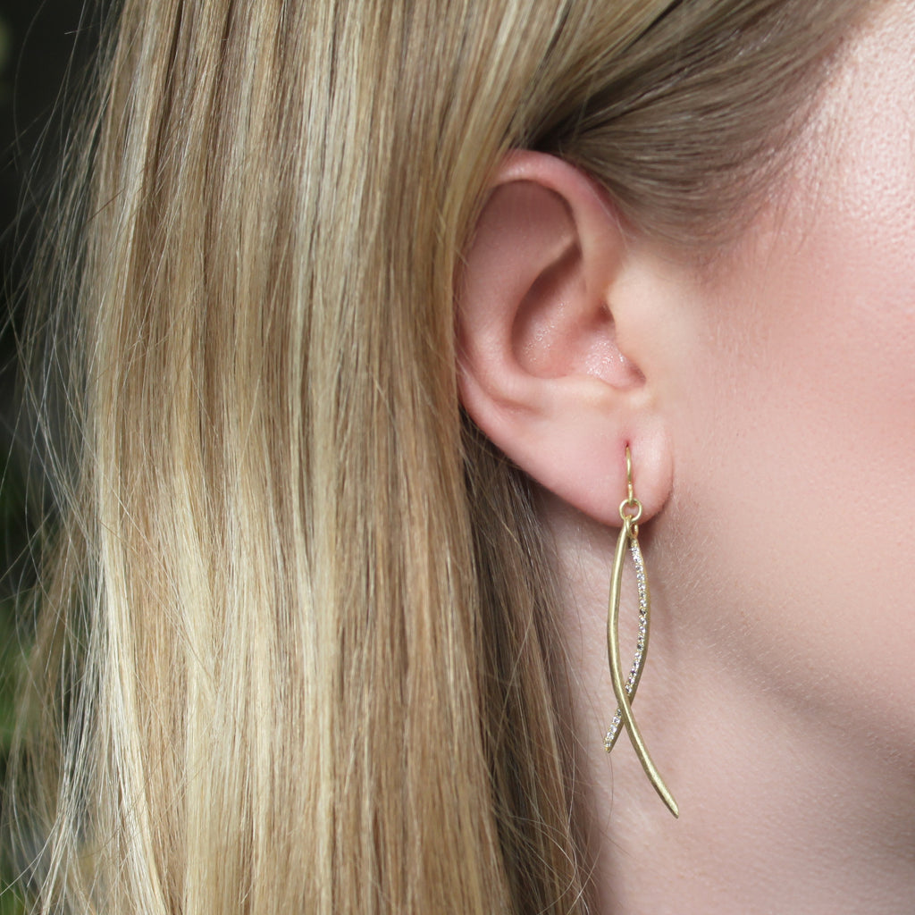The Gold and Diamond Arc Earring