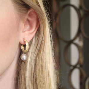The Lotus Leaf Hoop with Pearl Drop Earring