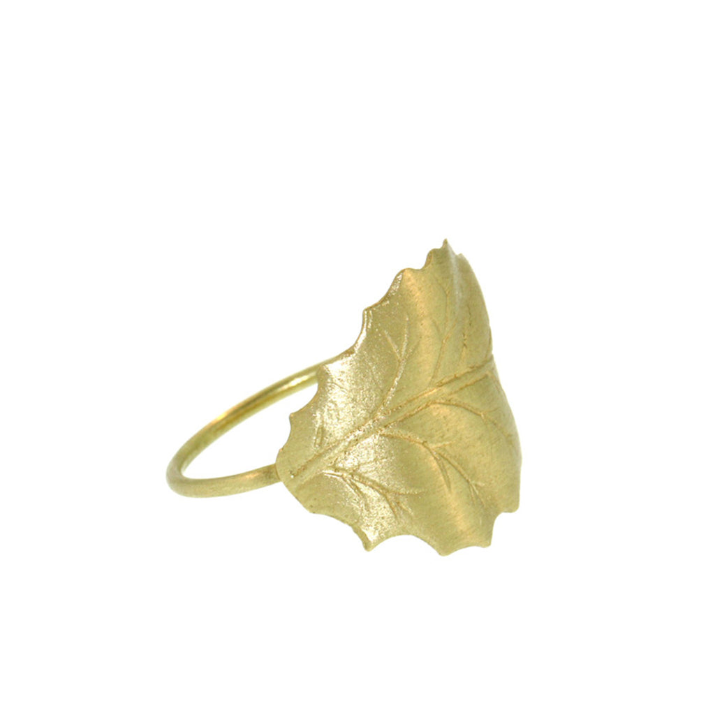 The Holly Leaf Ring