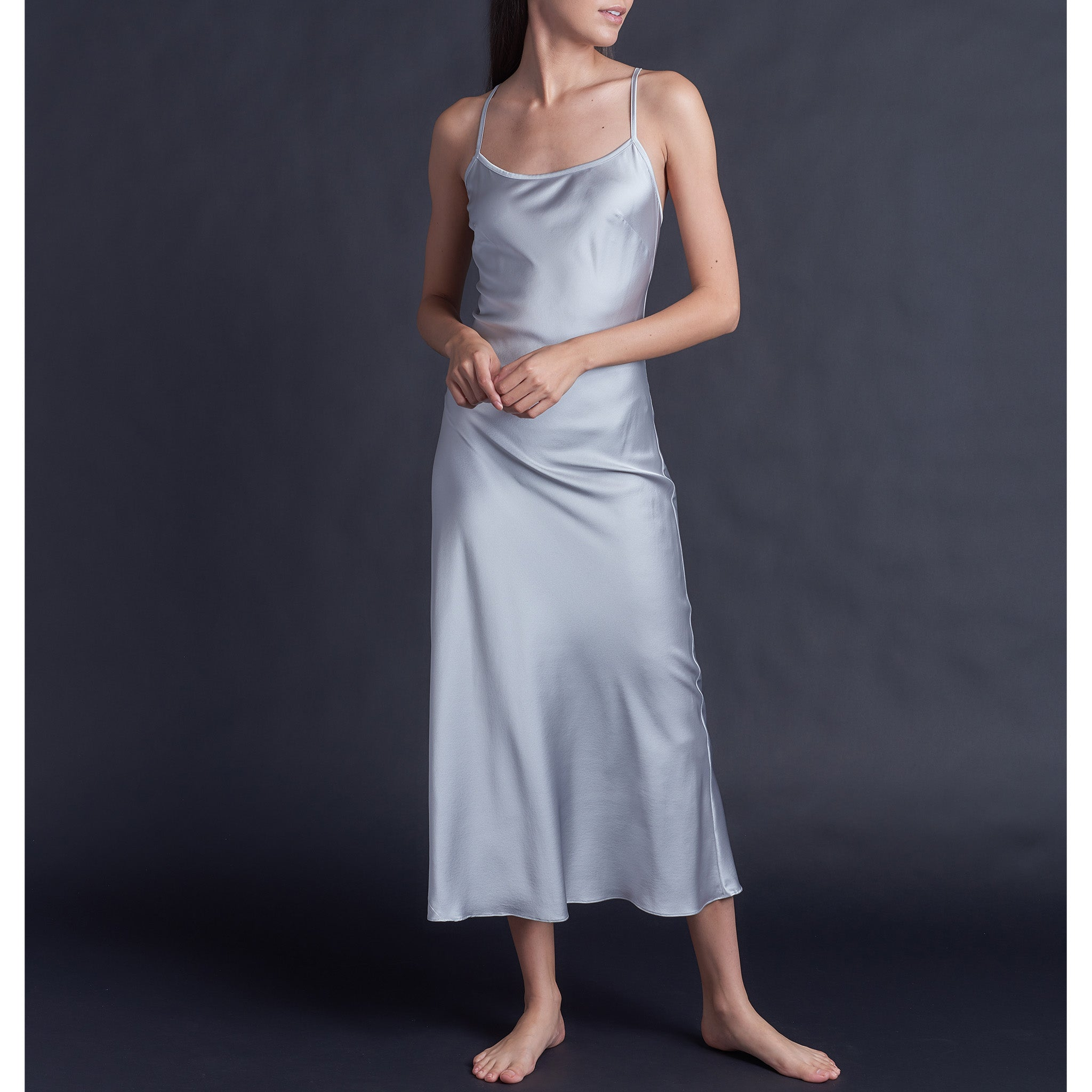 Juno Slip in Platinium Stretch Silk Charmeuse