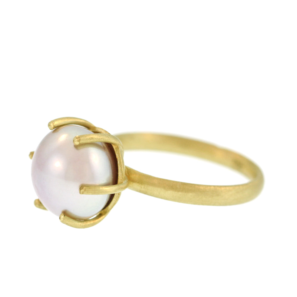 The Classic Pearl Ring