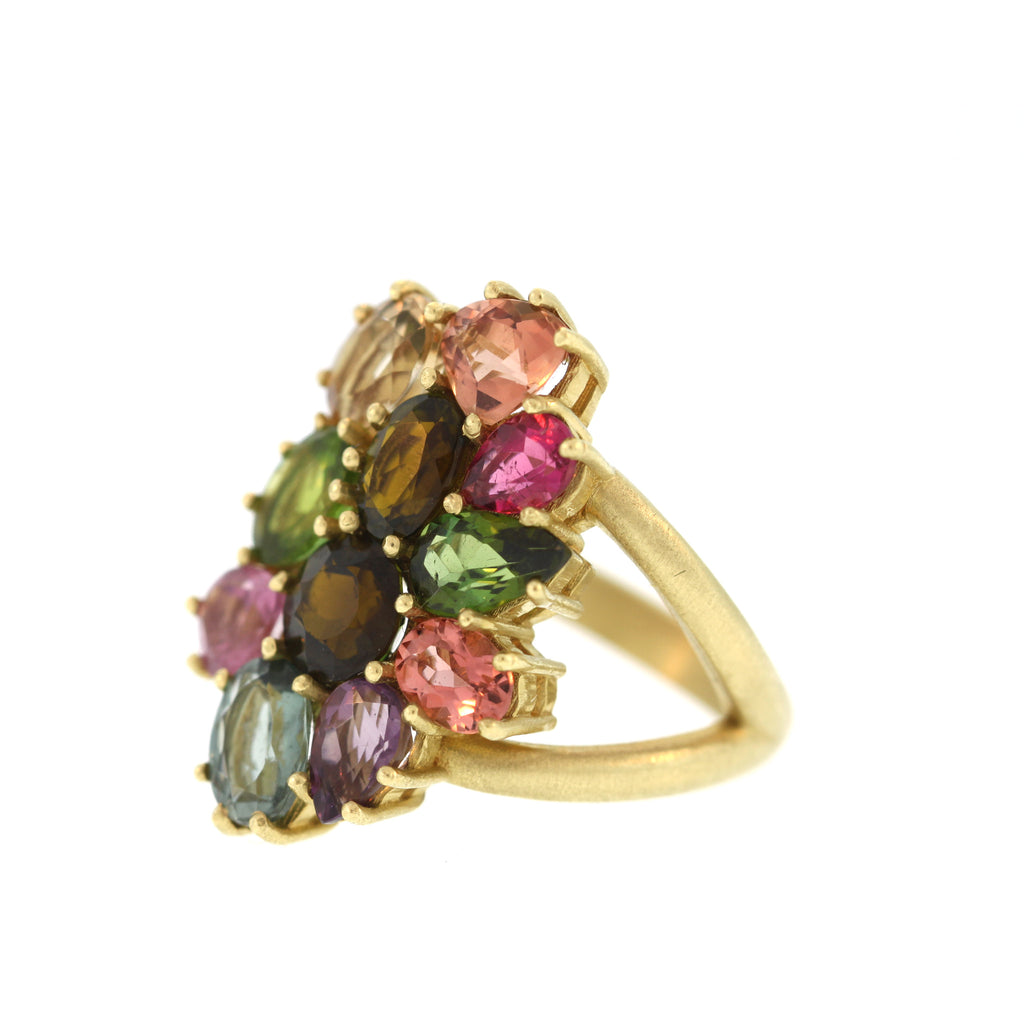 The Spinel Cluster Ring