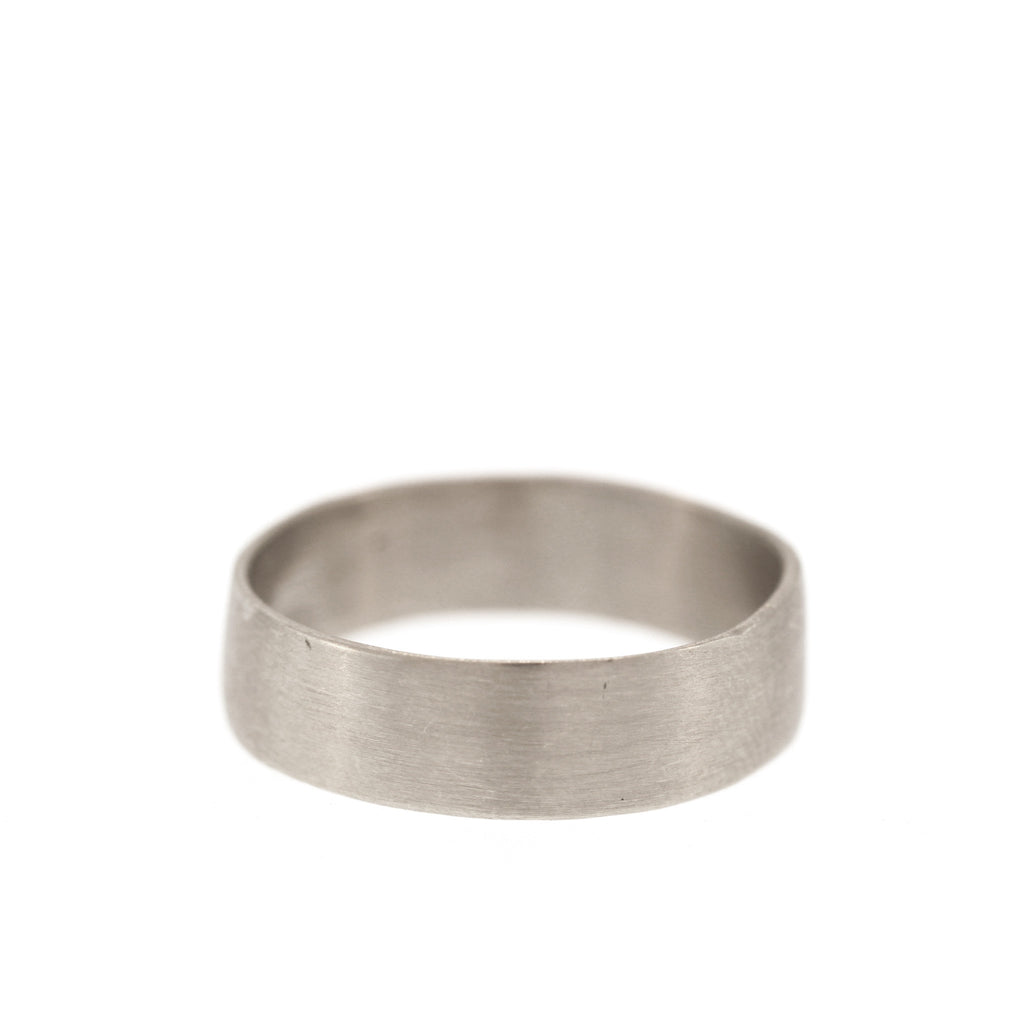 The Classic Band in White Gold, 6mm