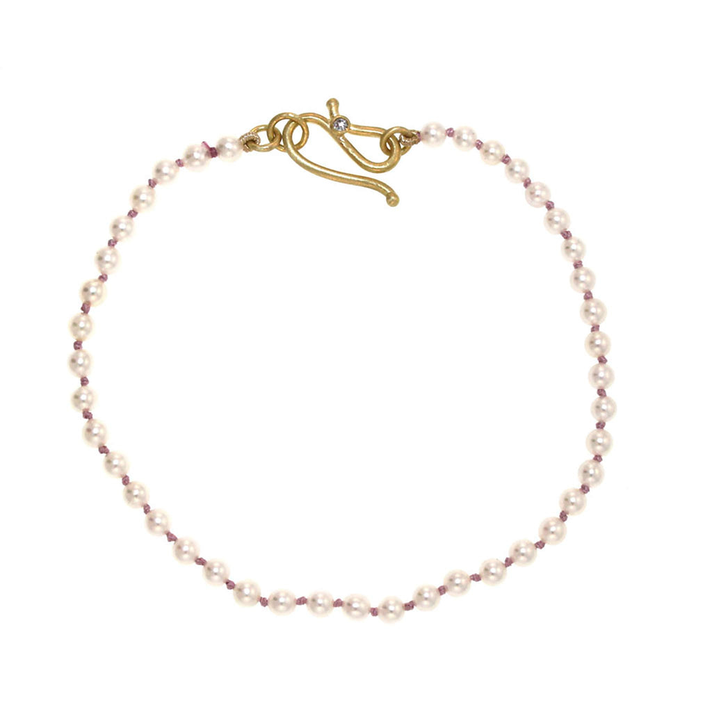 The Knotted Pearl Bracelet