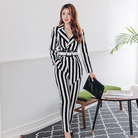 2019 new autumn black and white striped women's pants suit