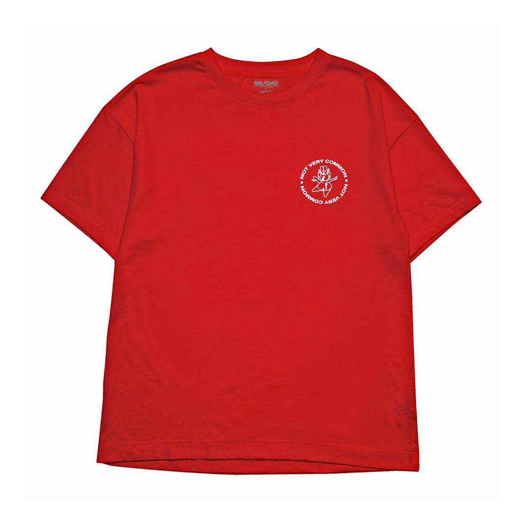 NOT VERY COMMON TEE - RED