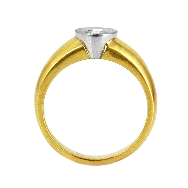 0.25ct Bezel Round Diamond in 14K Yellow Gold Engagement Ring