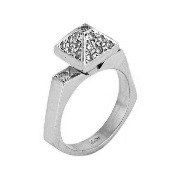 0.60ct Pavé Round Diamonds in 14K White Gold Pyramid Ring