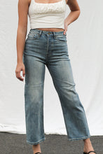Load image into Gallery viewer, Skylar Wide Leg Jeans