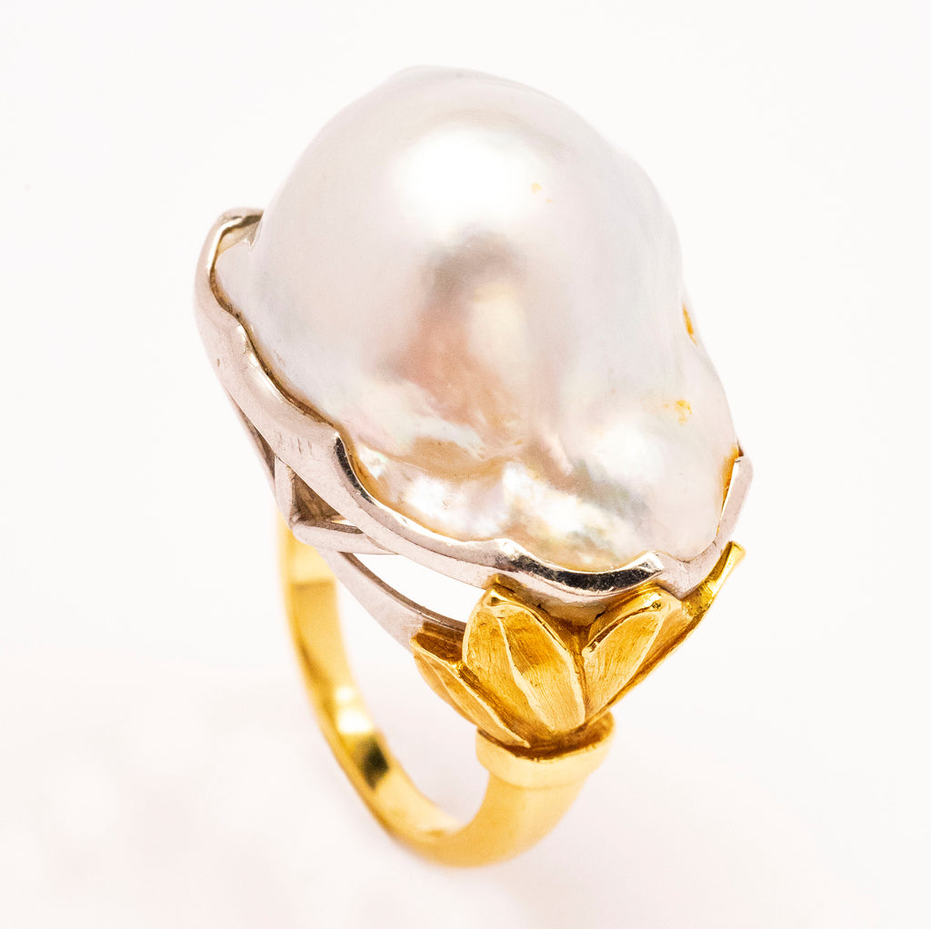 18k Yellow Gold and Platinum South Sea Baroque Pearl Ring