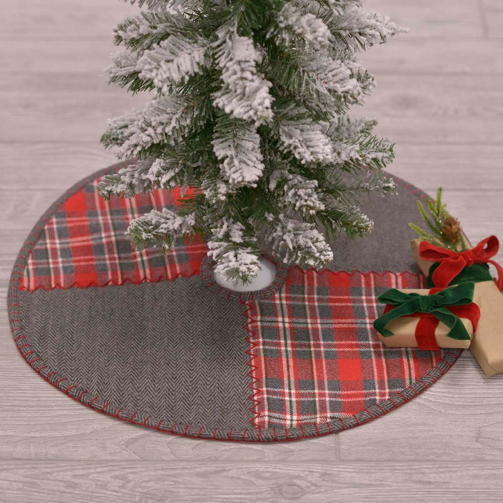 Anderson Tree Skirt 21""