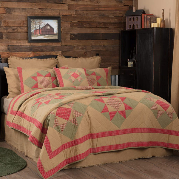 Dolly Star Quilt Bedding Collection