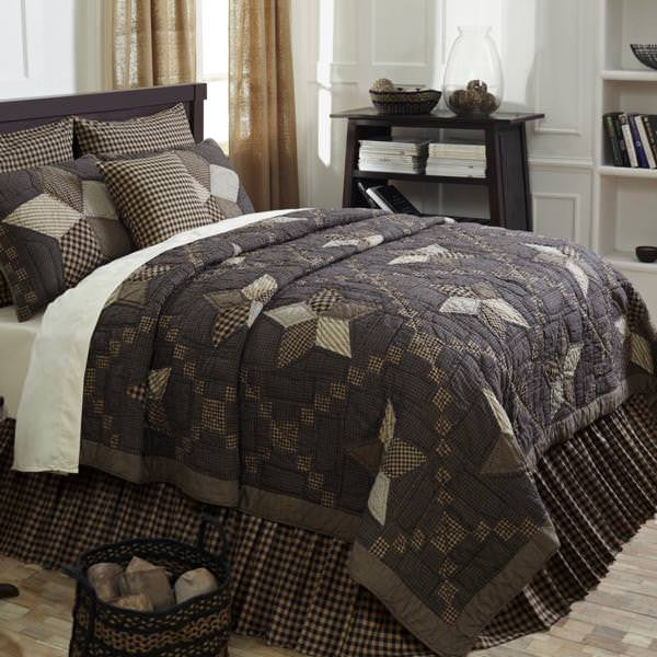 Farmhouse Star Quilt Bedding Collection