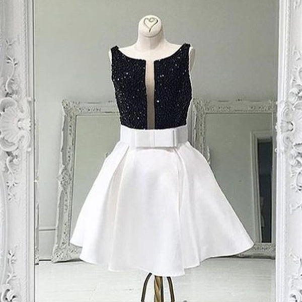 Short White Prom Homecoming Dress - Bateau Sleeveless with Beading Bowknot - Solodresses