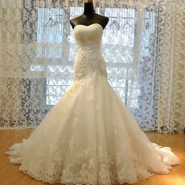 Elegant Sweetheart Neck Strapless Sheath Chapel Train Lace Appliqued Wedding Gown - Solodresses