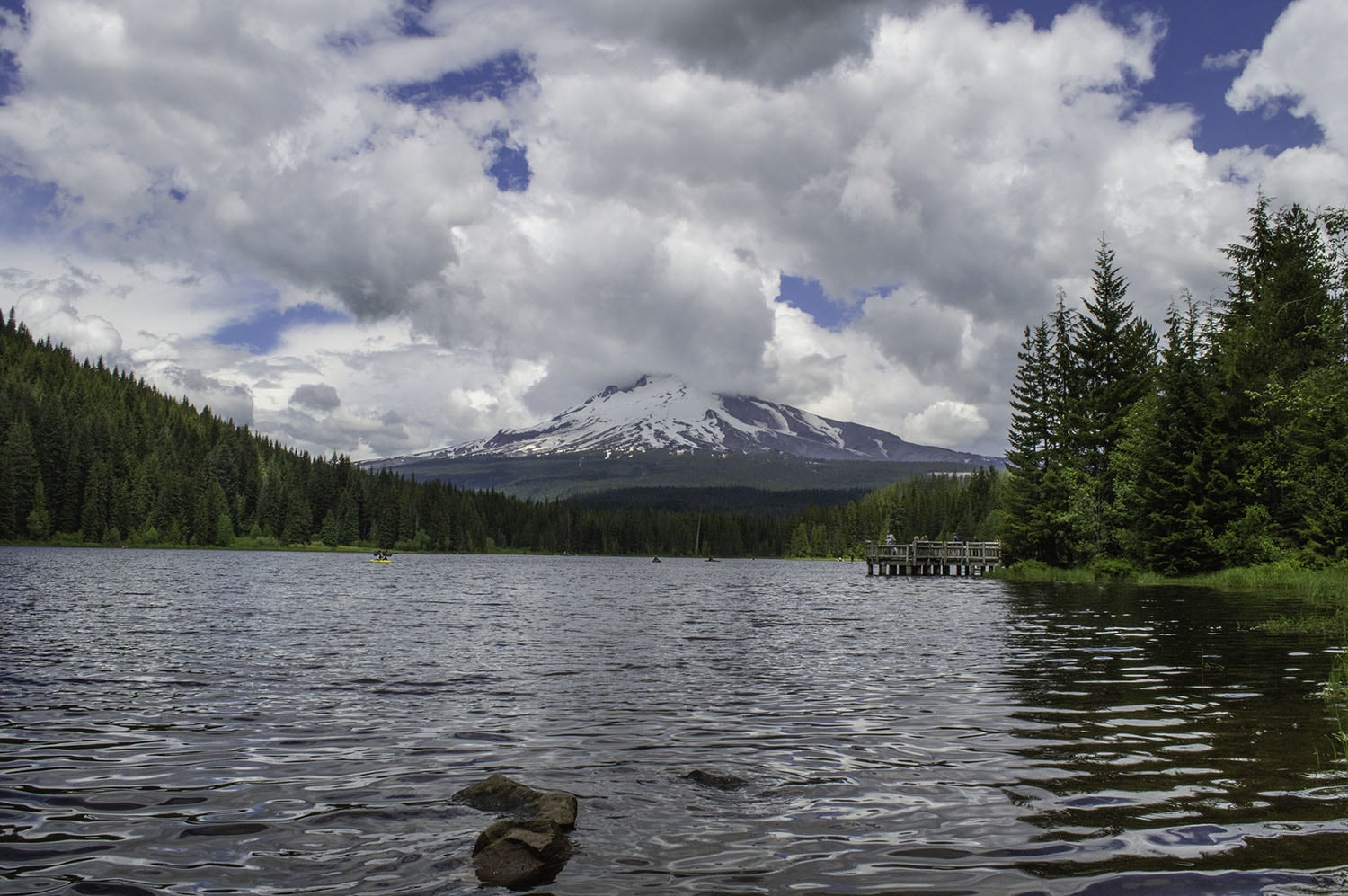 Day Trip to Trillium Lake
