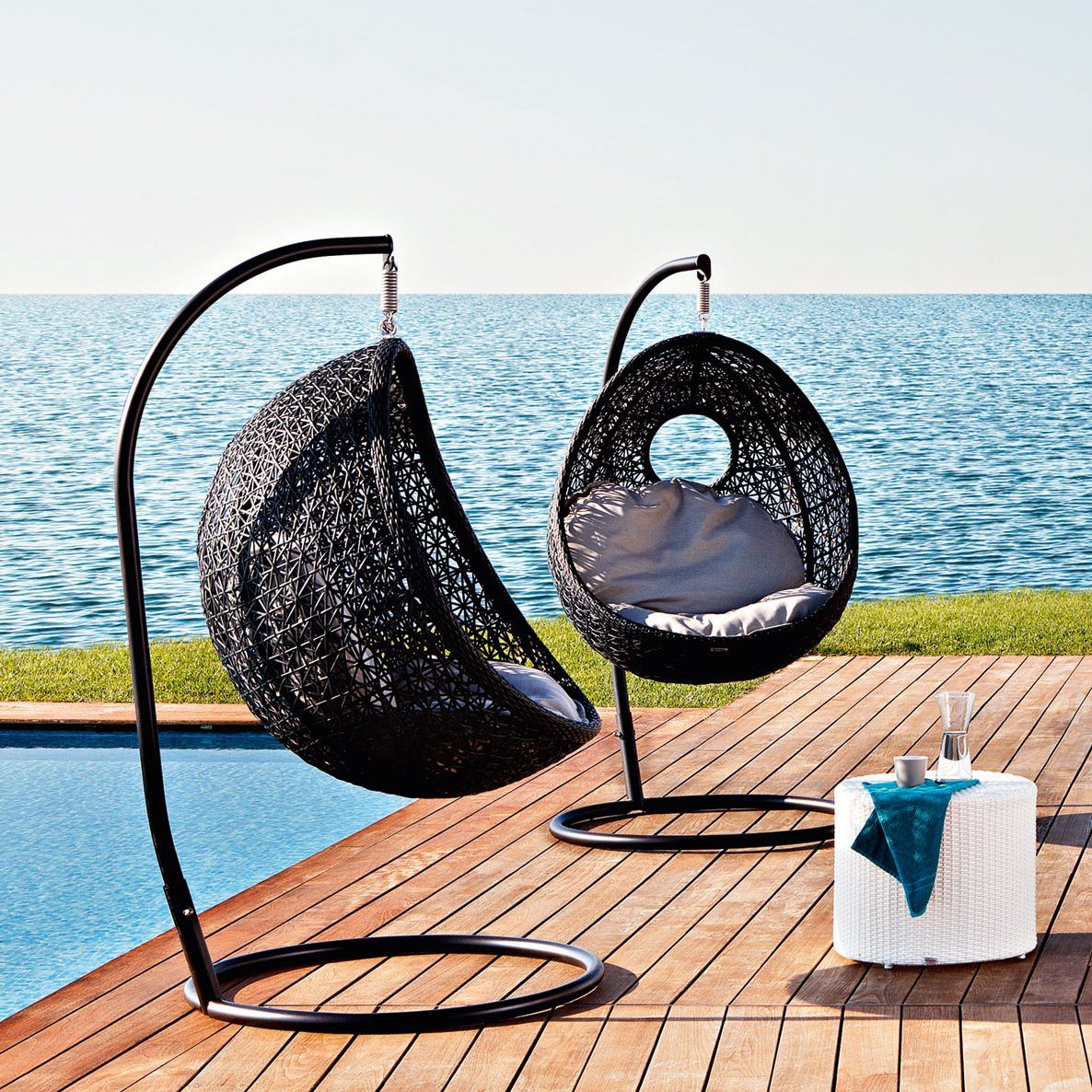ALTEA Hanging Lounge Chair With Stand