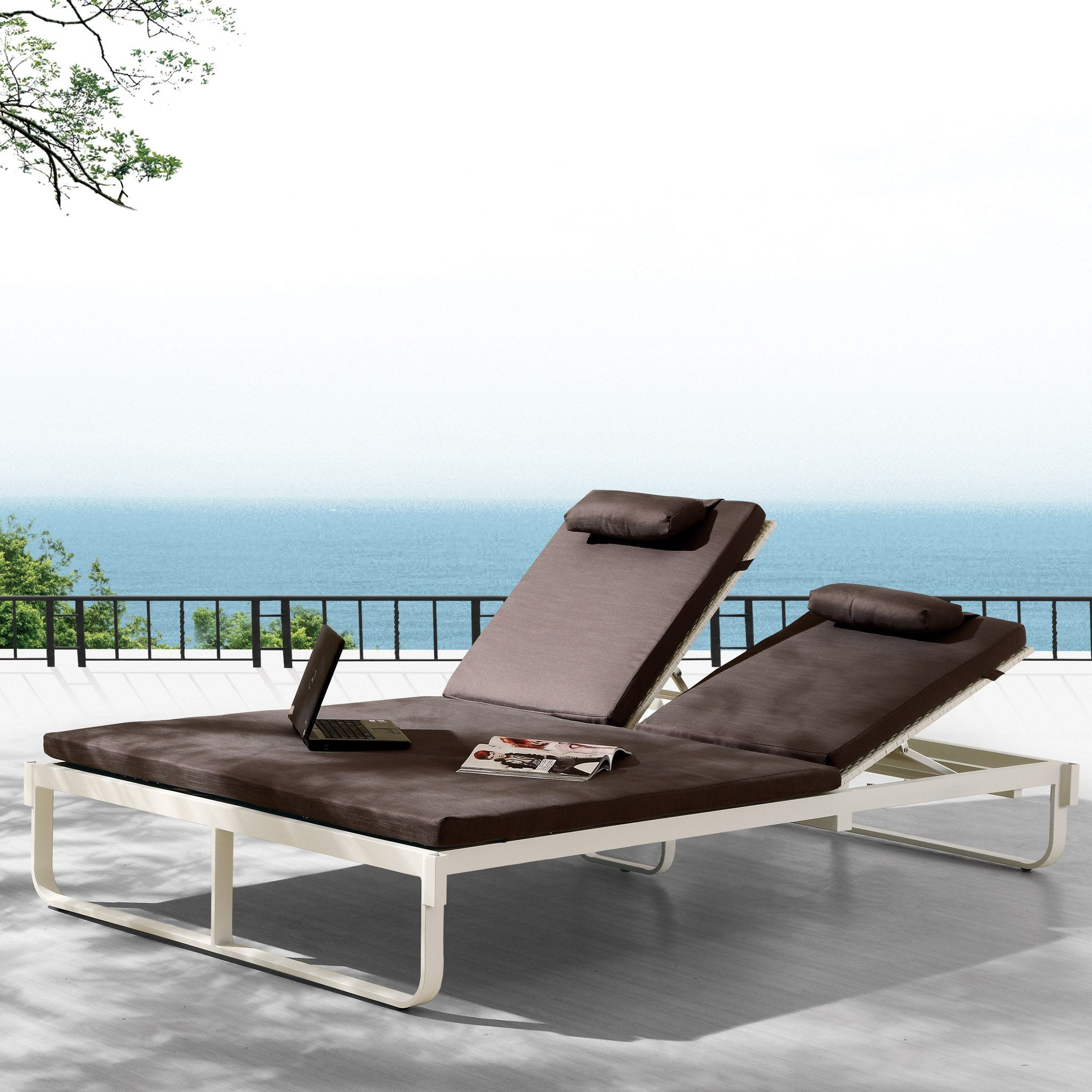 Contract Quality Outdoor Double Chaise Lounge Seating