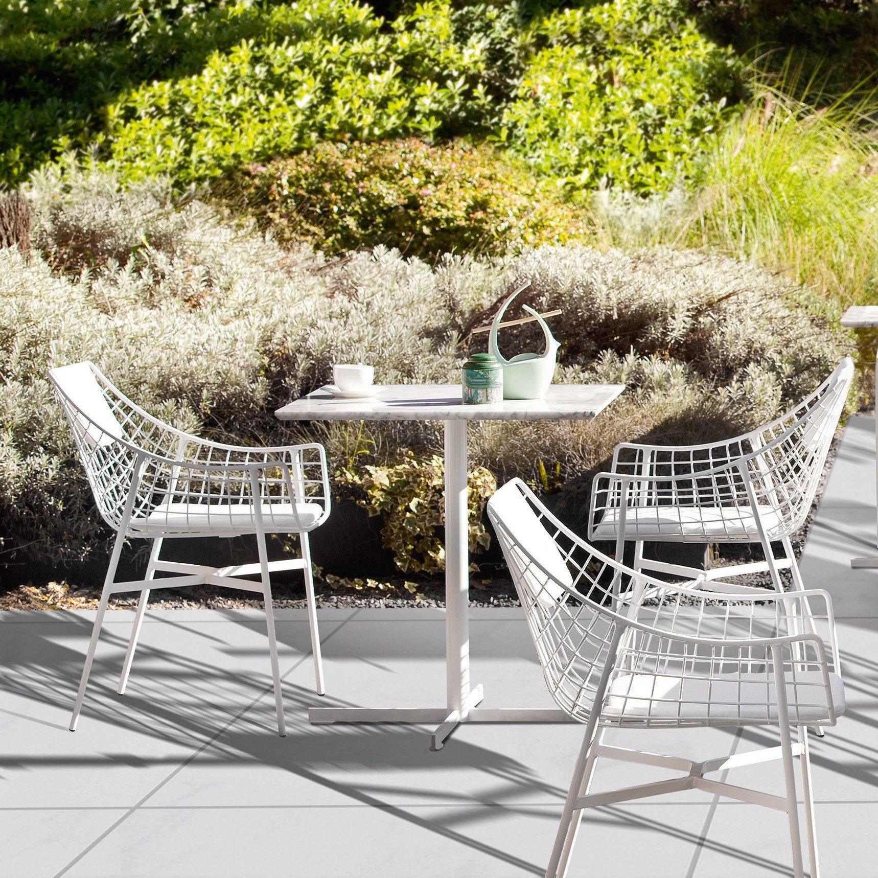 Summerset Dining Table